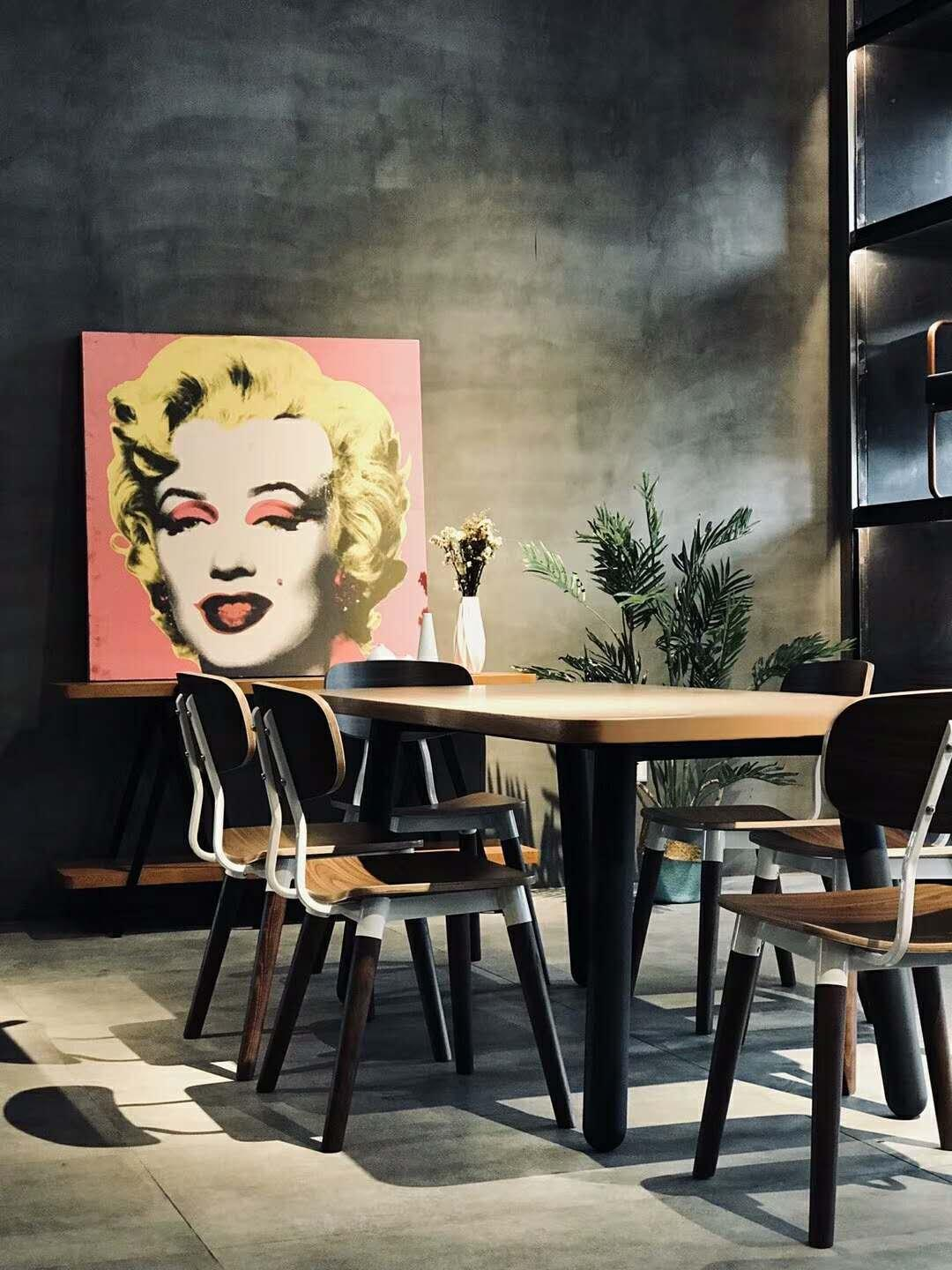 How to choose the best table and chair for dinning room in the house or for your literary coffee shop